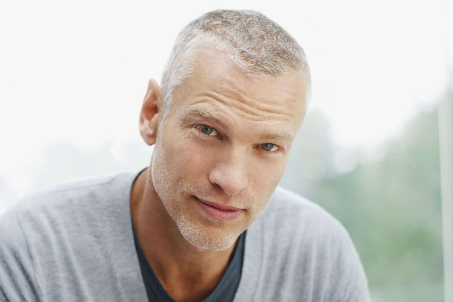 Hairstyles for Older Men - Smart, Cool and Funky Hairstyles ...