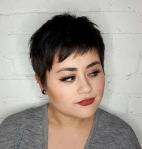 brunette slimming haircuts for chubby faces