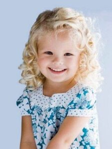 baby girl hairstyle for short hair