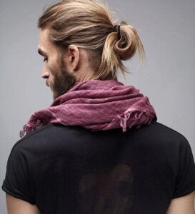 messy ponytail hairstyles for men