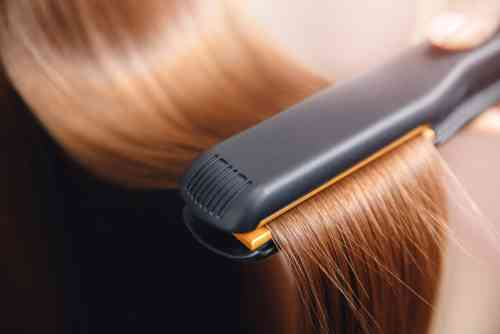 how to straighten hair with flat iron without damage